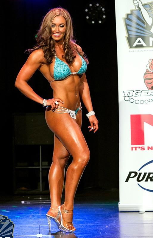 Victoria Romanok - Bikini Competitor